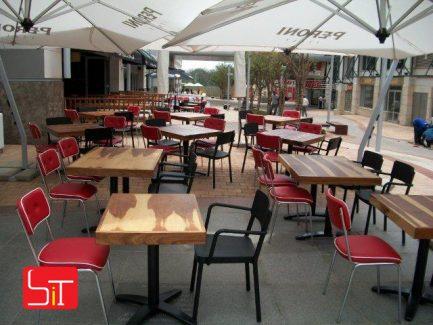 Furniture Installation at Piza E Vino